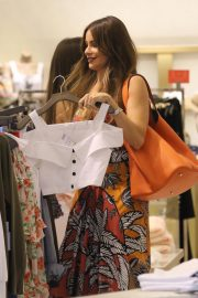 Sofia Vergara Out Shopping in Bal Harbour in Miami 2018/12/04 4