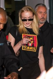 Sophie Turner at Airport in Sao Paulo 2018/12/06 6