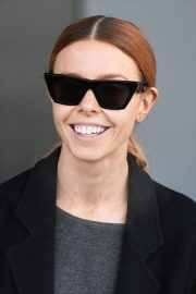STACEY DOOLEY Leaves Village Hotel Club Watford in London 2018/12/16 1