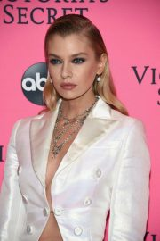 Stella Maxwell at Victoria's Secret Viewing Party in New York 2018/12/02 2