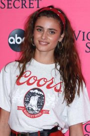 Taylor Hill at Victoria's Secret Viewing Party in New York 2018/12/02 2