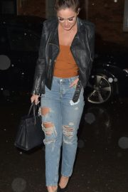 Vicky Pattison in Ripped Jeans Night Out in Newcastle 2018/12/15 3