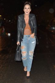 Vicky Pattison in Ripped Jeans Night Out in Newcastle 2018/12/15 6