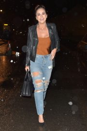 Vicky Pattison in Ripped Jeans Night Out in Newcastle 2018/12/15 7