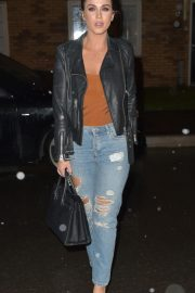 Vicky Pattison in Ripped Jeans Night Out in Newcastle 2018/12/15 8