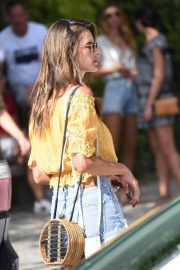 Alessandra Ambrosio Out and About in Florianopolis 2019/01/06 1