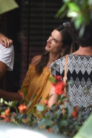 Alessandra Ambrosio Out and About in Florianopolis 2019/01/06 5