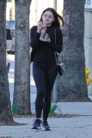 Ariel Winter Out and About in Studio City 2019/01/04 3