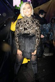 Bebe Rexha at New Year's Eve in New York 2018/12/31 4