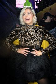 Bebe Rexha at New Year's Eve in New York 2018/12/31 5