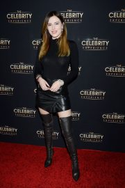Bella Thorne at Celebrity Experience Featuring Bella Thorne in Universal City 2019/01/06 8