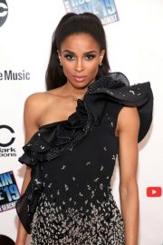 Ciara Performs at Dick Clark's New Year's Rockin' Eve 2019 in New York 2018/12/31 11