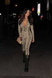Demi Rose Mawby Night Out in London 2018/12/30 3