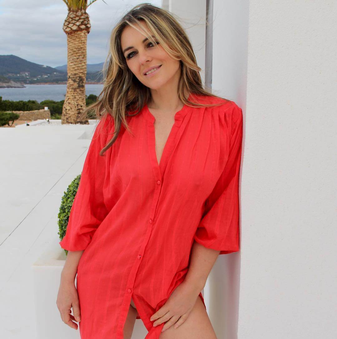 Elizabeth Hurley in Beautiful Chinese Red Shirt at Beach - January 21, 2019 1