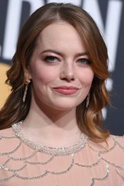 Emma Stone at 2019 Golden Globe Awards in Beverly Hills 2019/01/06 6