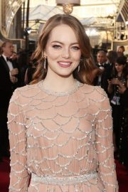Emma Stone at 2019 Golden Globe Awards in Beverly Hills 2019/01/06 10