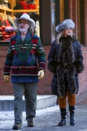Goldie Hawn and Kurt Russell Out and About in Aspen 2019/01/01 4