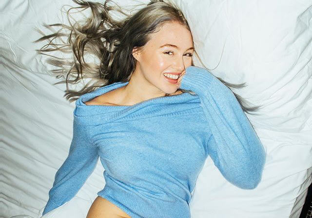 "Iskra Lawrence in Blue Sweater ""Sunday Siesta"" at London - January 27, 2019 1"