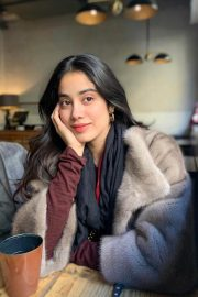 Janhvi Kapoor in faux fur coat and beautiful smile on her face - January 25, 2019 1