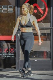 Jennifer Lopez at a Gym in Venice Beach 2019/01/01 10
