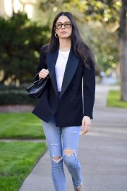 Jessica Gomes in Ripped Denim Out in Los Angeles 2018/12/21 10