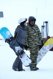 Katy Perry Out on Slopes in Aspen 2018/12/30 5