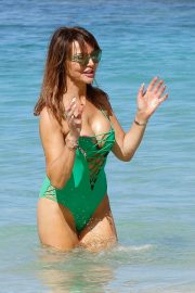 Lizzie Cundy in Swimsuit at a Beach in Barbados 2018/12/29 9