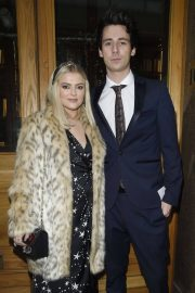 Lucy Fallon Arrives Tina O'Brien's Wedding Day in Manchester 2018/12/31 1