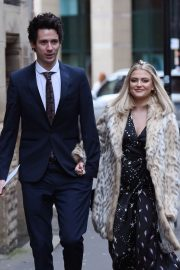 Lucy Fallon Arrives Tina O'Brien's Wedding Day in Manchester 2018/12/31 5