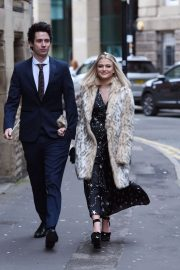 Lucy Fallon Arrives Tina O'Brien's Wedding Day in Manchester 2018/12/31 6