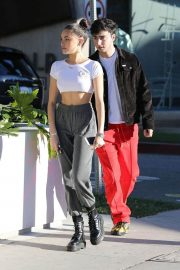 Madison Beer and Zack Bia Out in Los Angeles 2018/12/28 4
