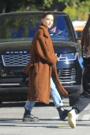 Madison Beer Out Shopping in Hollywood 2019/01/04 5