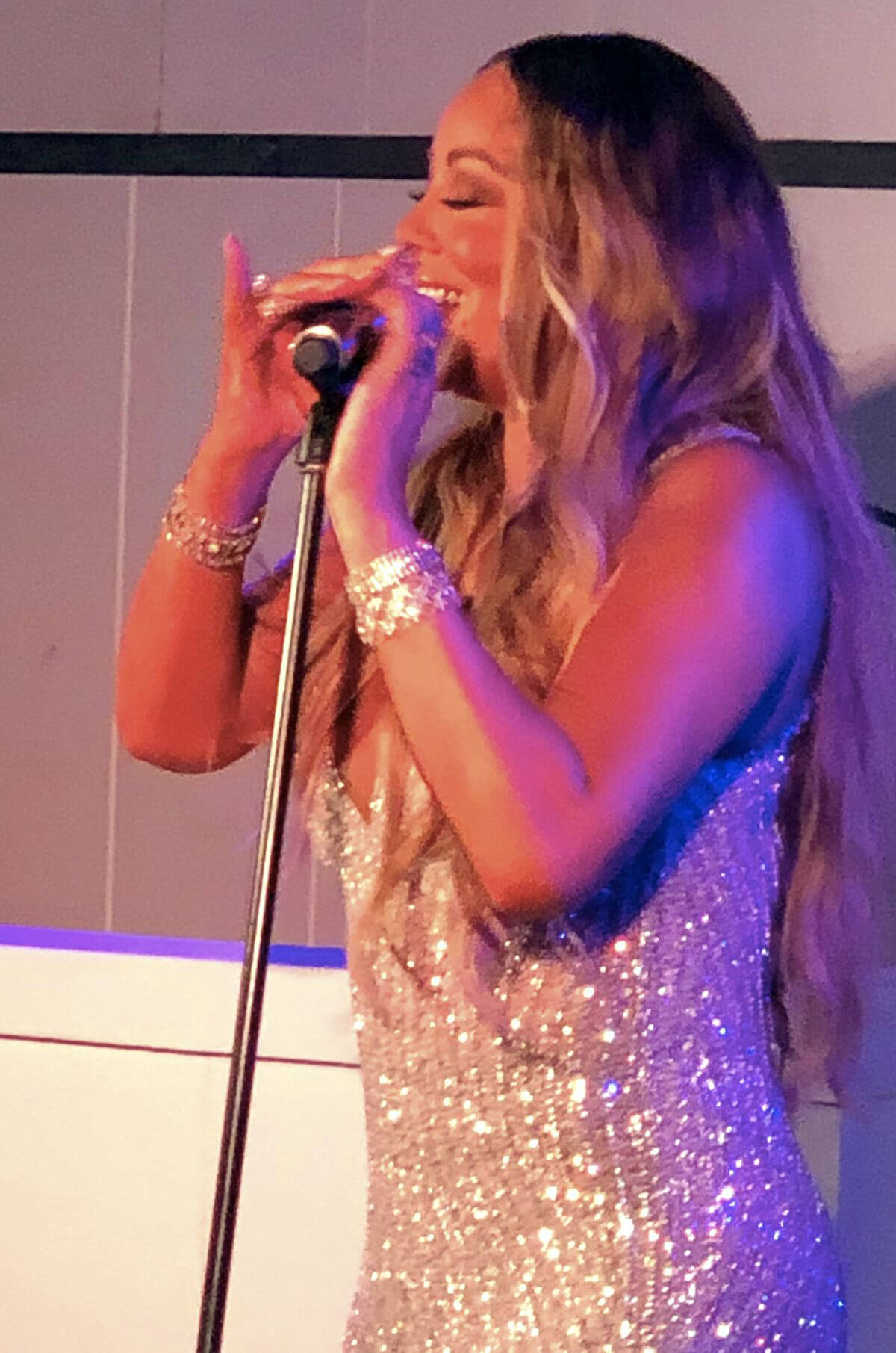 Mariah Carey Performs at New Year's Eve Party at Nikki Beach in Saint Barthelemy 2018/12/31 1
