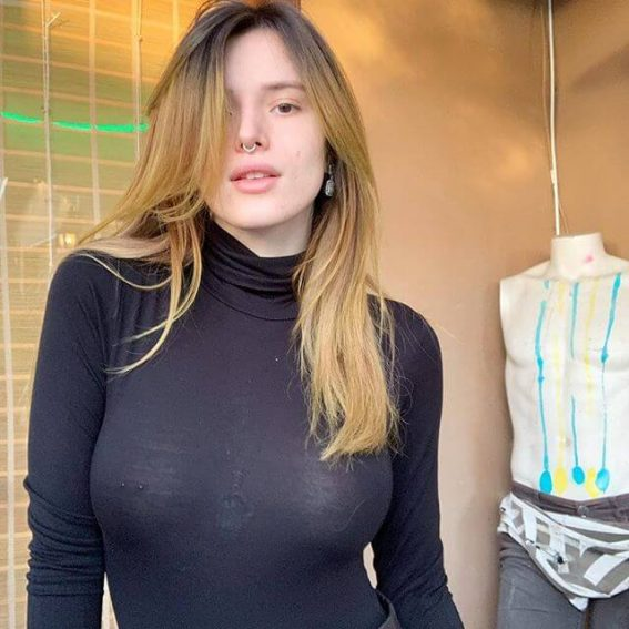 Bella Thorne looking gorgeous in High Neck Black Top - January 26, 2019 1
