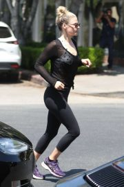 Ali Larter in Tights Out in Los Angeles 2019/04/26 4