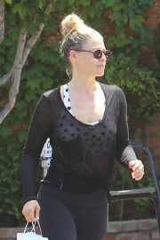 Ali Larter Out Shopping in Los Angeles 2019/04/25 6