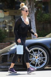 Ali Larter Out Shopping in Los Angeles 2019/04/25 7