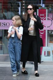 Angelina Jolie out the day with daughter in Los Angeles 2019/04/28 11