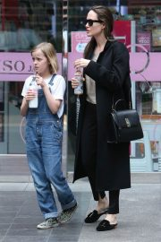 Angelina Jolie out the day with daughter in Los Angeles 2019/04/28 13