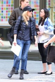 Anna Faris Leaves Her Hotel in New York 2019/04/19 1