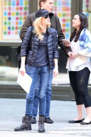 Anna Faris Leaves Her Hotel in New York 2019/04/19 5