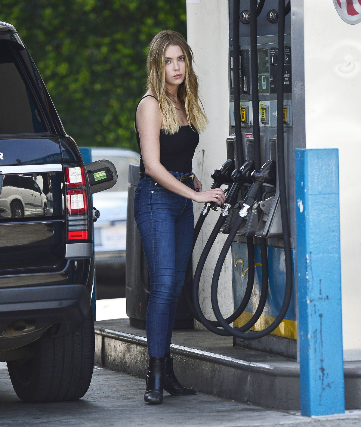 ASHLEY BENSON at a Gas Station in Los Angeles 2019/04/26 1