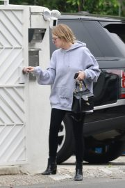 Ashley Benson Out in Los Angeles 2019/04/28 3