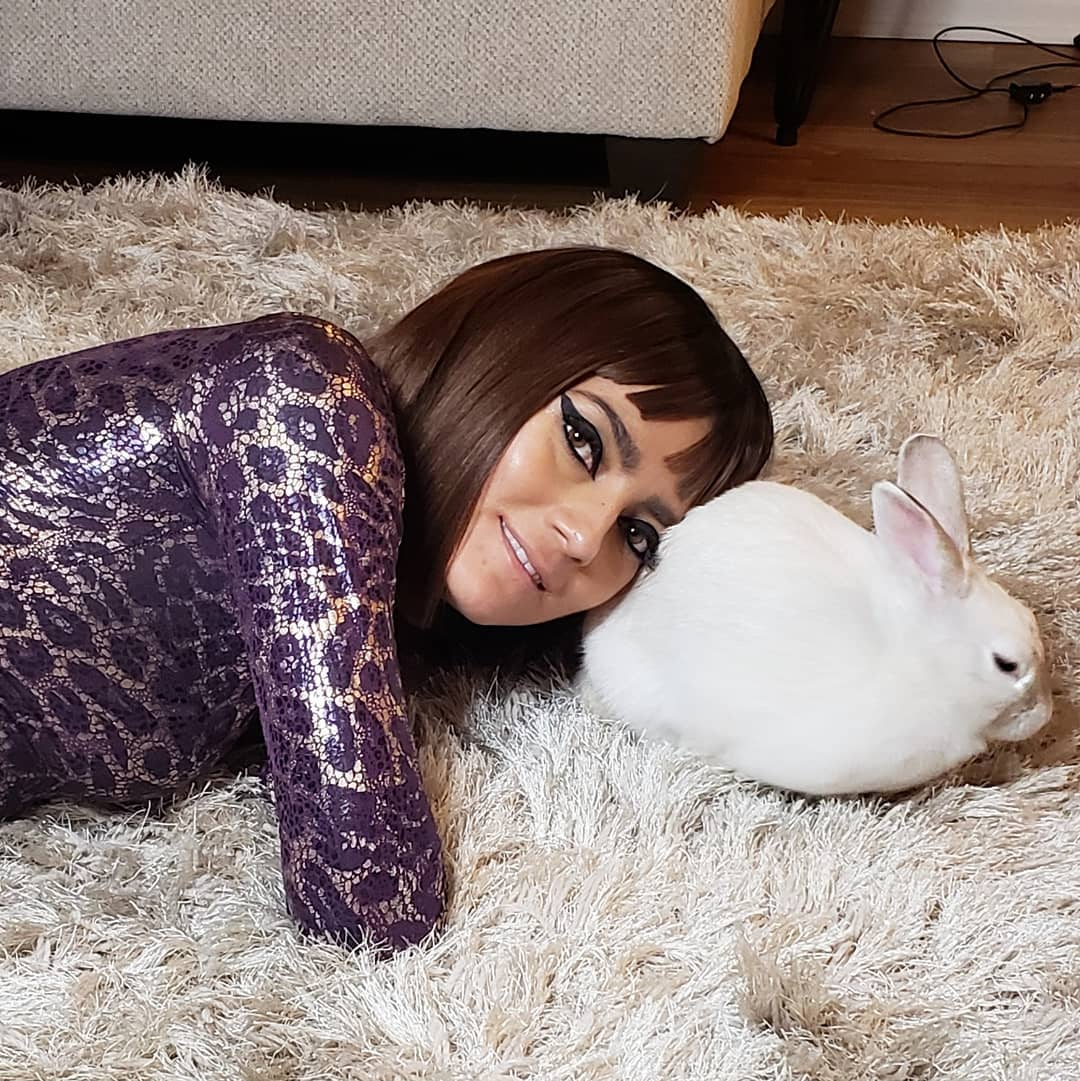 Blanca Blanco Poses With Her Pet Bunny Named Star #StarStar 2