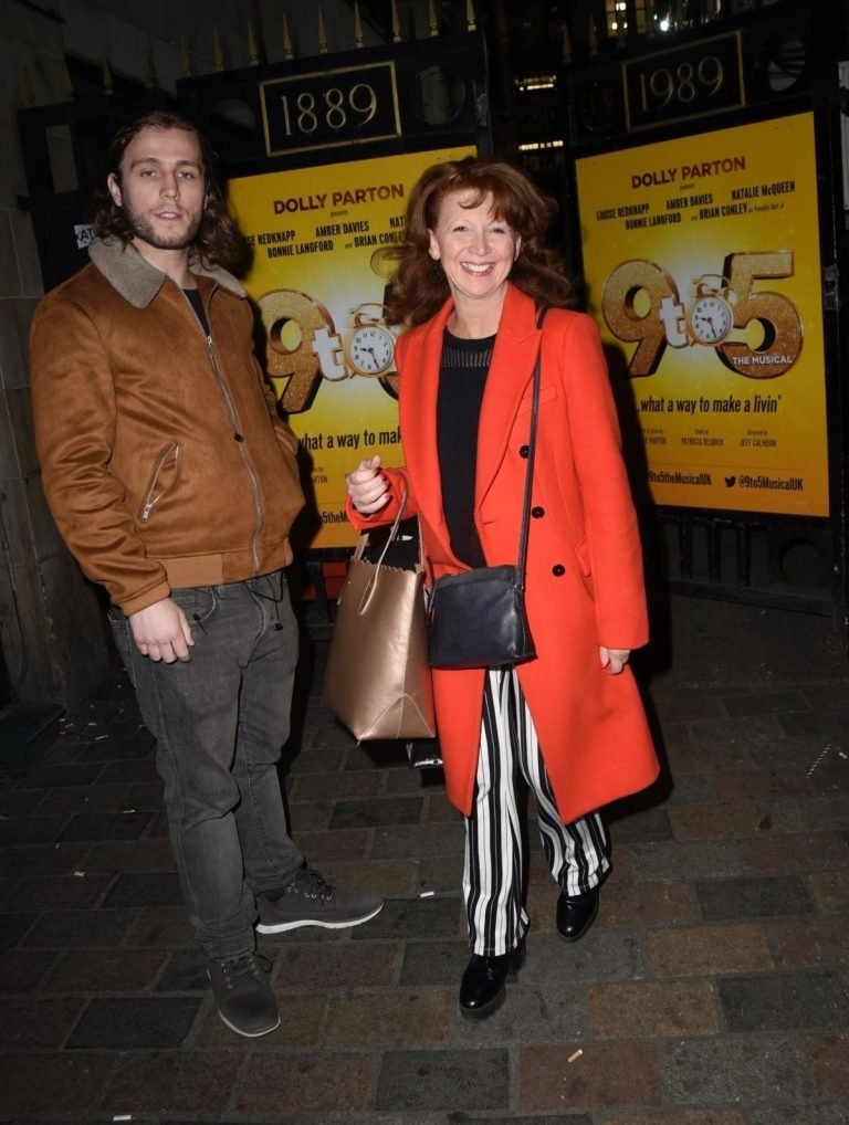 Bonnie Langford at 9 to 5 Theater Production in London 2019/04/17 2