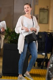 Cameron Diaz at Eataly in Century City 2019/04/28 1