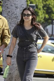 Camila Mendes Out for Lunch in Los Angeles 2019/04/25 1