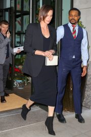 Charlize Theron Out in New York 2019/04/27 4