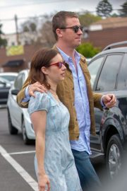 Emma Roberts and Garrett Hedlund Out on Easter in Los Angeles 2019/04/21 1
