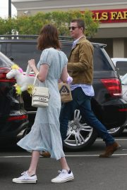 Emma Roberts and Garrett Hedlund Out on Easter in Los Angeles 2019/04/21 9